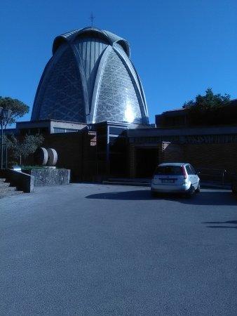 Scafati, Italy: Dolcini del bar Alba alcune foto Santuario di Pompei e Gesù nell'orto nei pressi di Capaccio