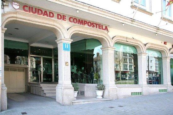 Hotel Ciudad de Compostela: Exterior