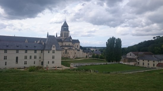 Fontevraud-l'Abbaye, Francia: Vue des noyers :-)
