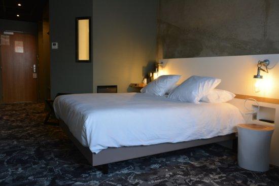 best western plus clos syrah hotel valence voir les tarifs et 275 avis. Black Bedroom Furniture Sets. Home Design Ideas
