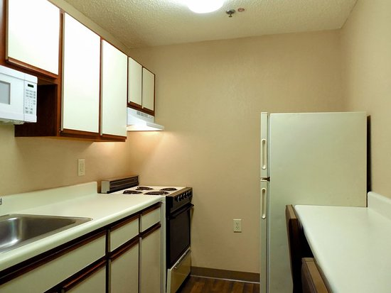 Extended Stay America - Raleigh - RTP - 4610 Miami Blvd.: Fully Equipped Kitchens
