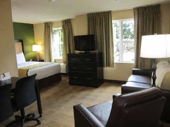 Extended Stay America - Raleigh - RTP - 4610 Miami Blvd.: Deluxe Studio - 1 Queen Bed