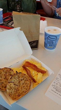 Greding, Tyskland: Typisches Frühstück