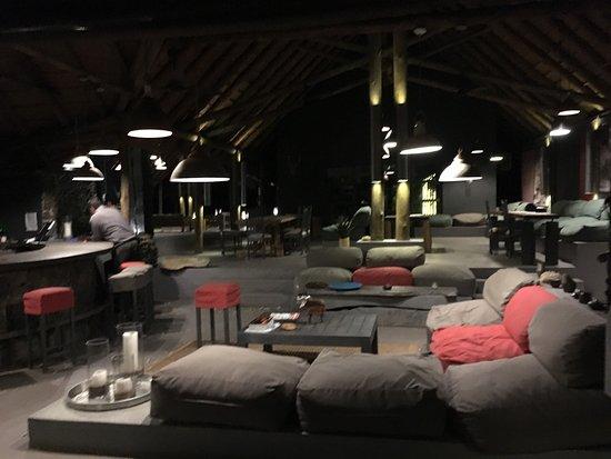西姆拜瓦提河飯店照片