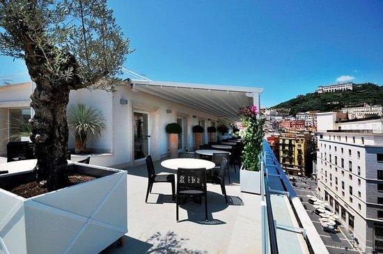 Exterior view photo de grand hotel oriente naples for 236 naples terrace llc