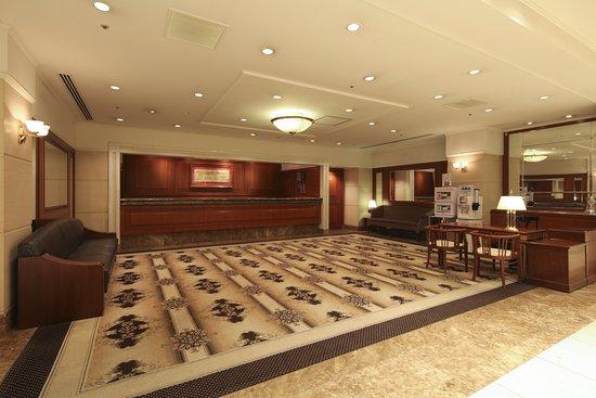 Tokyo Daiichi Hotel Nishiki : 1階フロント