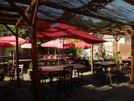 Photos la celle les bordes images de la celle les bordes for Restaurant jardin yvelines
