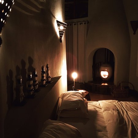Madikwe Game Reserve, África do Sul: Room at night