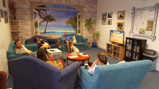 Jersey Accommodation and Activity Centre: Wi-Fi lounge