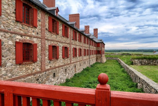 Louisbourg, Canada: Headquarters building.