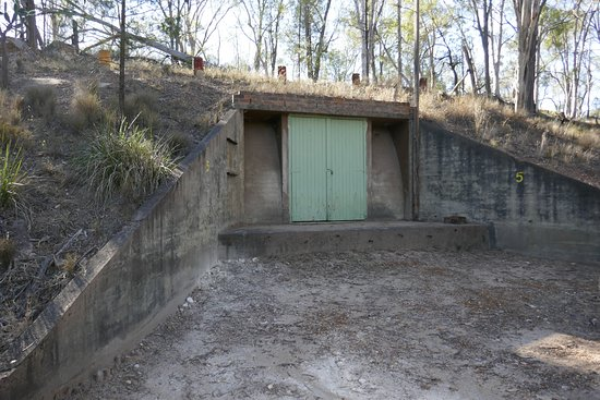 Possum Park : WWII ammunition storage bunkers