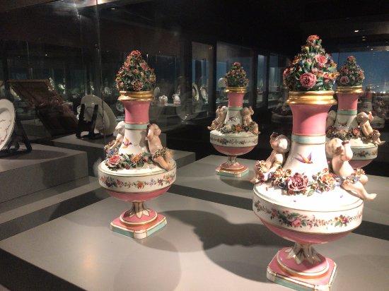 Kiyosato Porcelain Museum