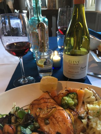 The Seven Stars at Leigh: Seven Stars, Leigh - Trout Dinner