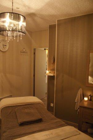 Pamiers, Francia: Cabine soin visage, corps et massage.