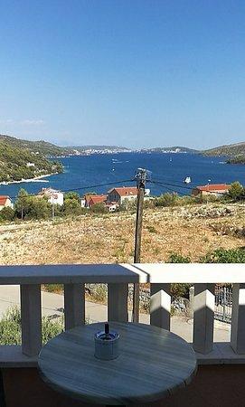 Marina, Kroatien: Widok z tarasu apartamentu