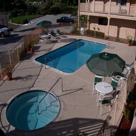 Heritage Inn La Mesa: Pool