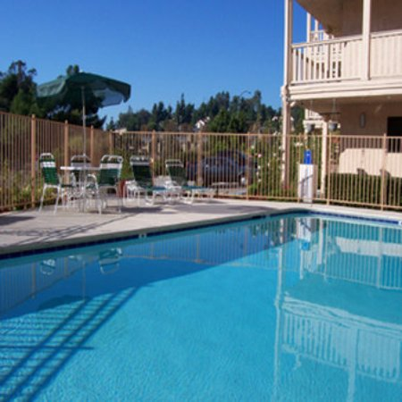 Heritage Inn La Mesa: Swimming Pool