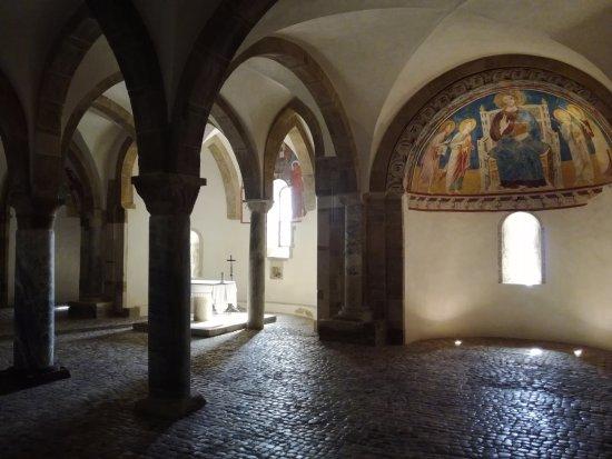 Fossacesia, Italie : Cripta