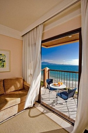 Jurerê Beach Village: Ocean Front Suite
