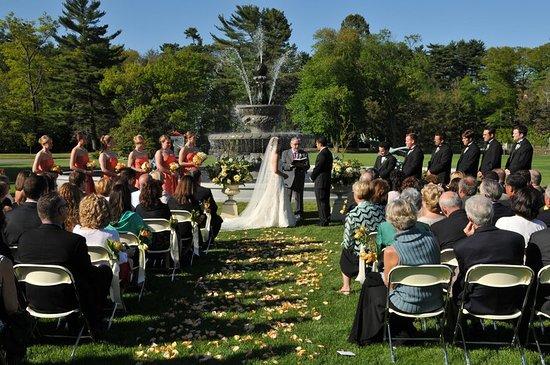 Beverly, ماساتشوستس: Wedding Ceremony