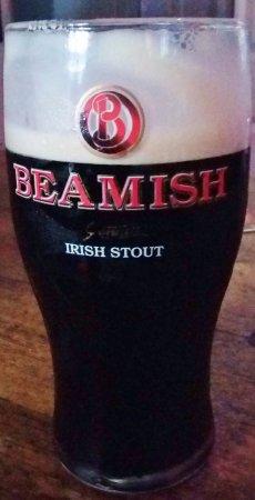 Kelly's Bar: beamish