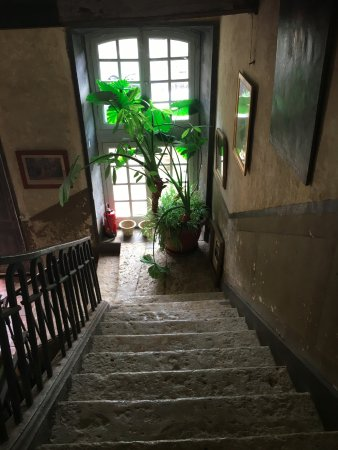 Auch, France: stairs to the rooms