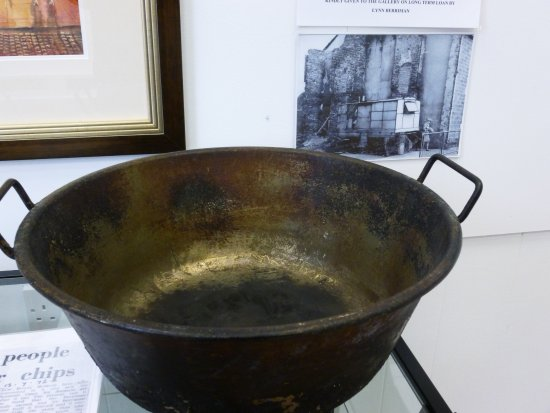 The chip pan from Berrimans horse drawn chip van Spennymoor history