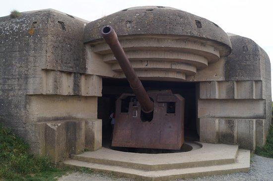 Longues-sur-Mer, Francia: bunker et canon
