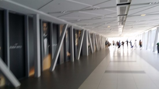 plate form - Picture of Dubai Metro, Dubai - TripAdvisor