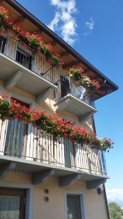 Pollein, Italia: I balconi delle camere