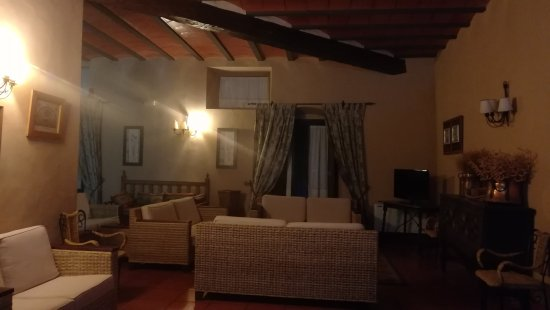 Casas de los Pinos, Spain: IMG_20170815_213653_large.jpg