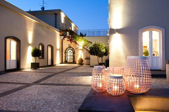 Carruba, Italy: La reception