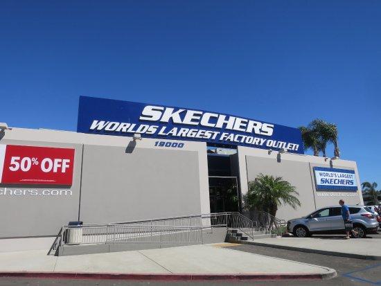 Moreno Valley, CA: 店舗外観