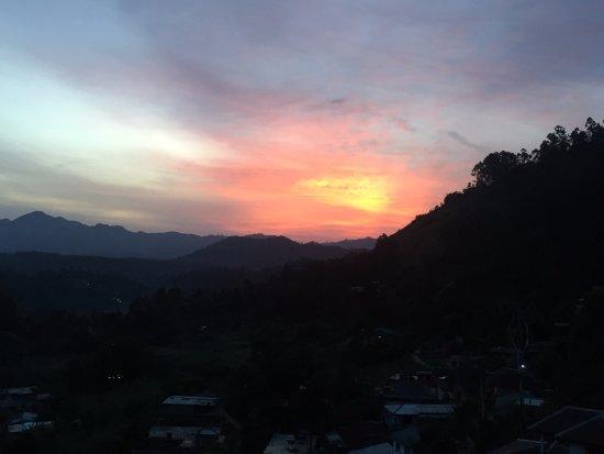 Μπανταραβέλα, Σρι Λάνκα: Gorgeous sunrise