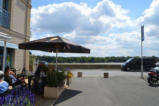 Saint-Mathurin-sur-Loire, France: the situation beside La Loire river