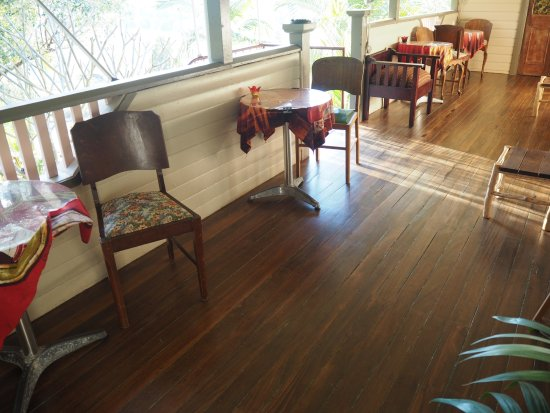 Nimbin, أستراليا: The balcony from which a number of rooms have direct access