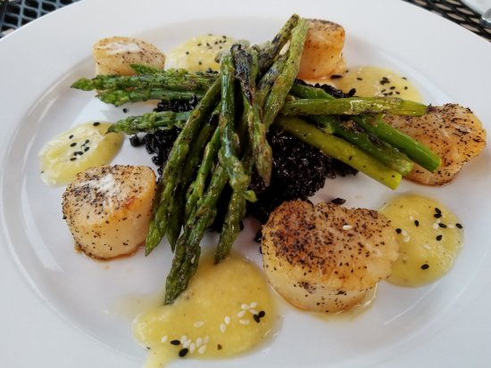 ‪‪The Farm House Restaurant At Skippack Golf Club‬: Sea Scallops‬