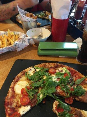 Pizza Hut Castleford Colorado Way Menu Prices