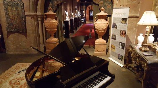 Coombe Abbey Hotel: The Grand Piano near reception area