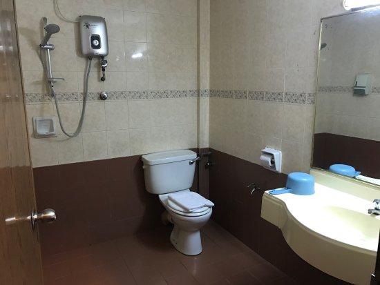Parit Buntar, มาเลเซีย: Hotel Damai Deluxe Room