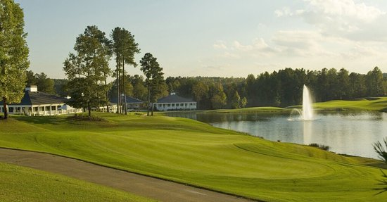 Hinesville, GA: Cherokee Rose Country Club
