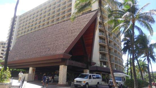 Outrigger Reef Waikiki Beach Resort: KIMG2803_large.jpg