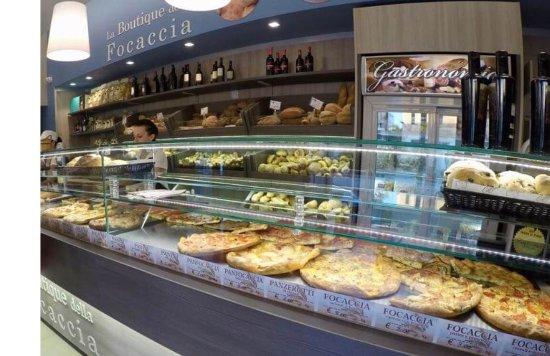 Marina Di Ostuni, Italie : Boutique della Focaccia