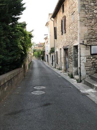Lagnes, France: photo5.jpg