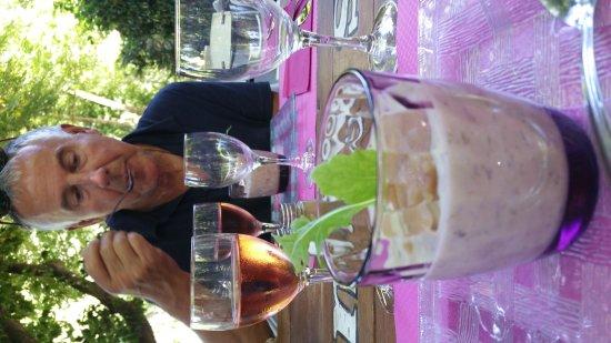 St Gervais sur Mare, France : Heerlijke lunch