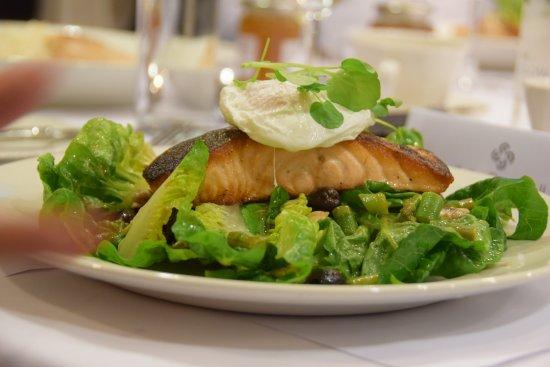 East Horsley, UK: Fish main course
