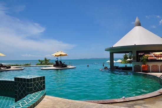 Samui Buri Beach Resort Photo