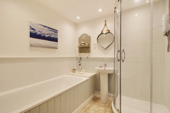 Birdham, UK: En suite to Sandbank