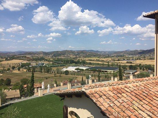 Solomeo, Ιταλία: photo0.jpg