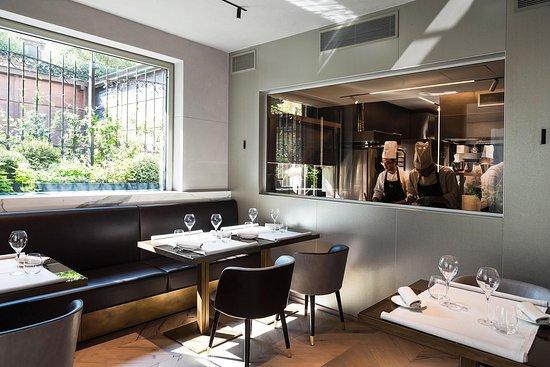 Cucina a vista - Bild von Cannavacciuolo Bistrot Torino, Turin ...